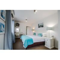 Bon Ami Guest House - Room 15